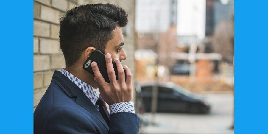 Melakukan Panggilan Telepon Kepada Nomor Orang Lain